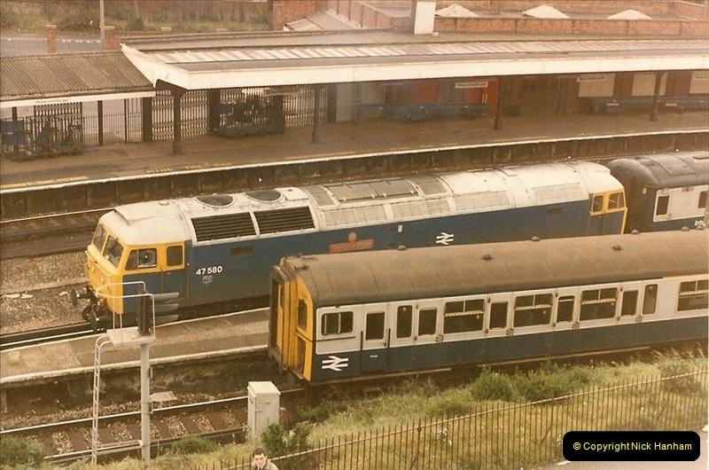 1985-12-01 to 06 Bournemouth, Dorset.  (1)253