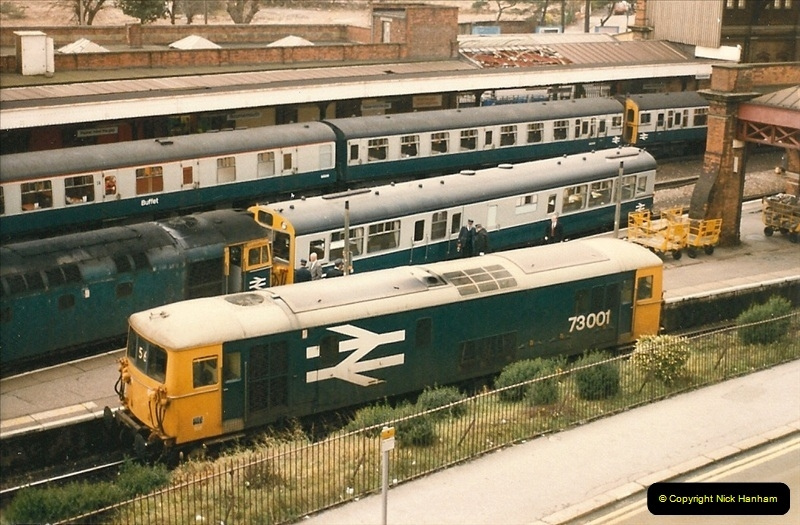 1985-12-01 to 06 Bournemouth, Dorset.  (5)257