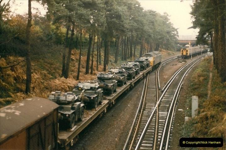 1985-12-01 to 06 Bournemouth, Dorset.  (8)260