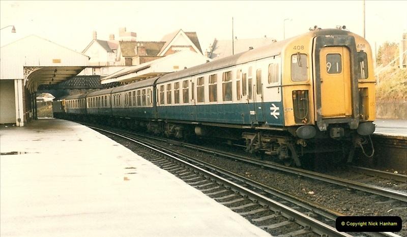 1985-12-07 Branksome, Poole, Dorset.  (16)286