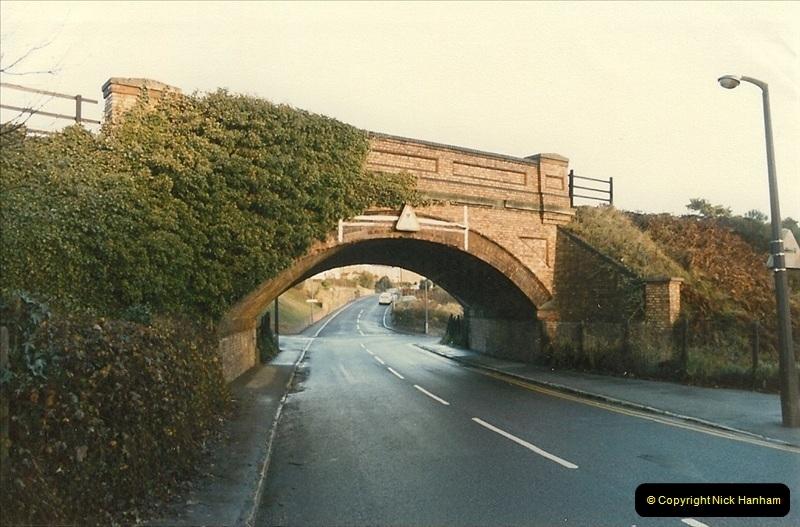 1985-12-07 Branksome, Poole, Dorset.  (6)276