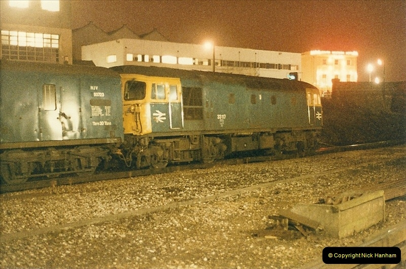 1985-12-10 Bournemouth, Dorset. (4)297