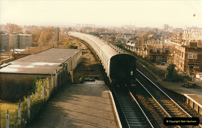 1985-12-20 Parkstone, Poole, Dorset.  (2)321