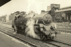 1955 to 1959 British Railways in Black & White. Local Bournemouth & Poole. (32)032