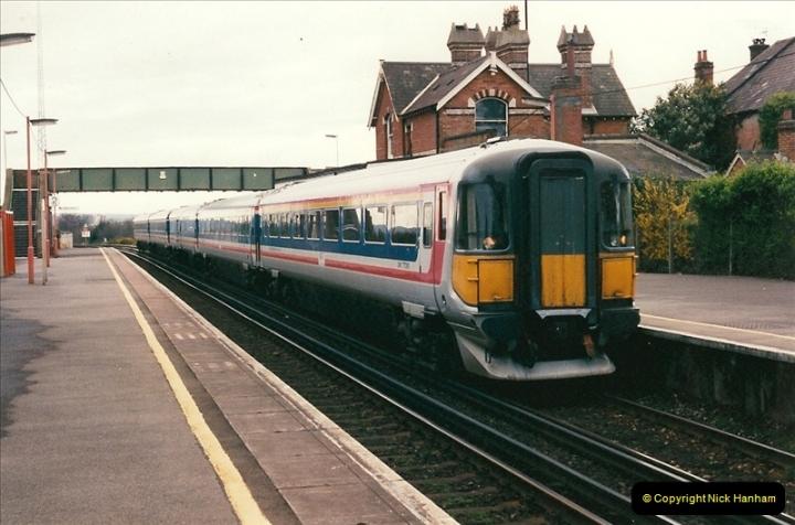 1998-04-09 Parkstone, Poole, Dorset.  (10)076