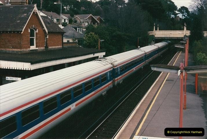 1998-04-09 Parkstone, Poole, Dorset.  (11)077