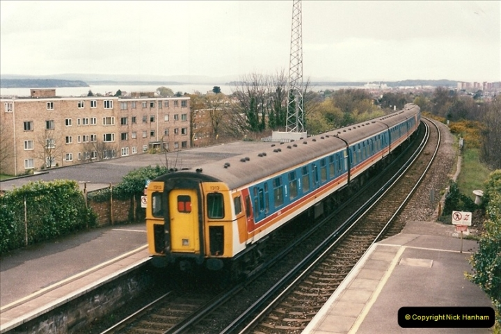 1998-04-09 Parkstone, Poole, Dorset.  (13)079