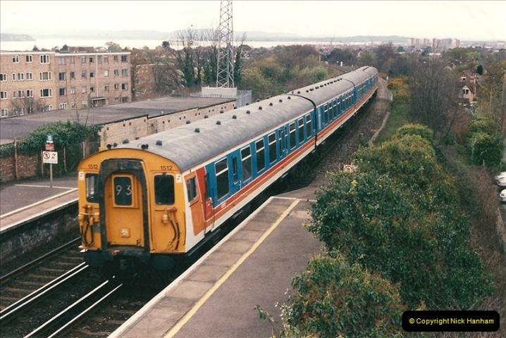 1998-04-09 Parkstone, Poole, Dorset.  (14)080