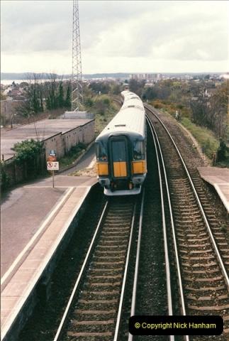 1998-04-09 Parkstone, Poole, Dorset.  (15)081