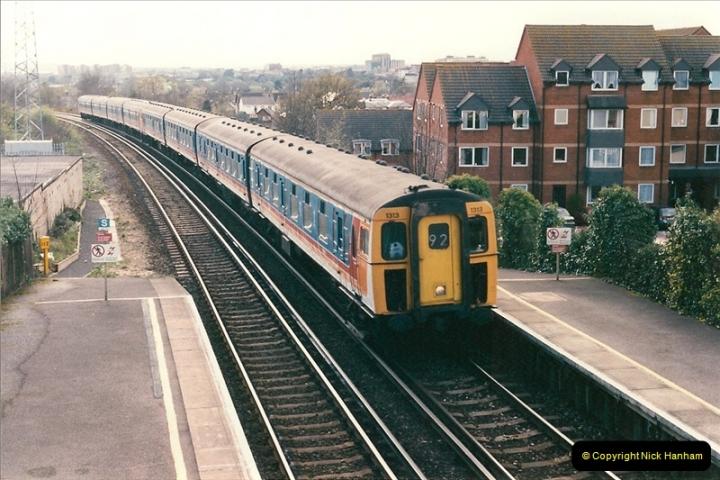 1998-04-09 Parkstone, Poole, Dorset.  (19)085