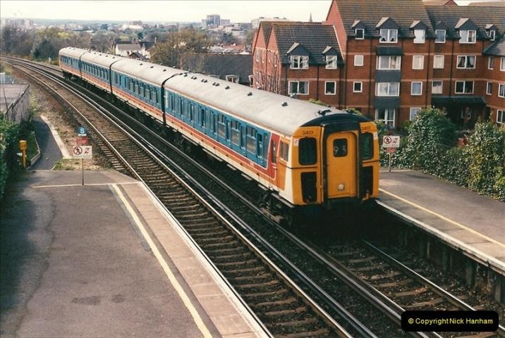 1998-04-09 Parkstone, Poole, Dorset.  (2)068