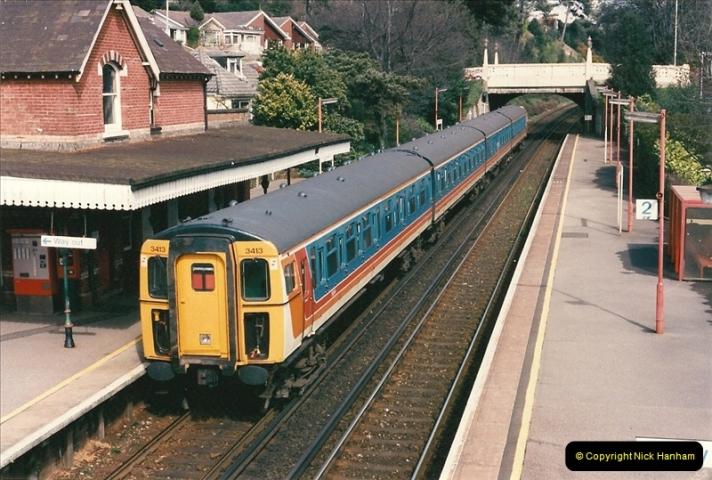 1998-04-09 Parkstone, Poole, Dorset.  (4)070