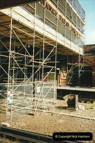 1999-05-29 Bournemouth refurbishment progress. Bournemouth, Dorset.  (10)216