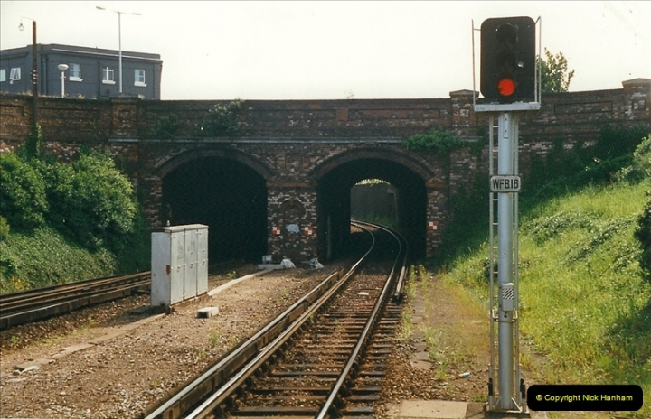 1999-05-29 Bournemouth refurbishment progress. Bournemouth, Dorset.  (2)208
