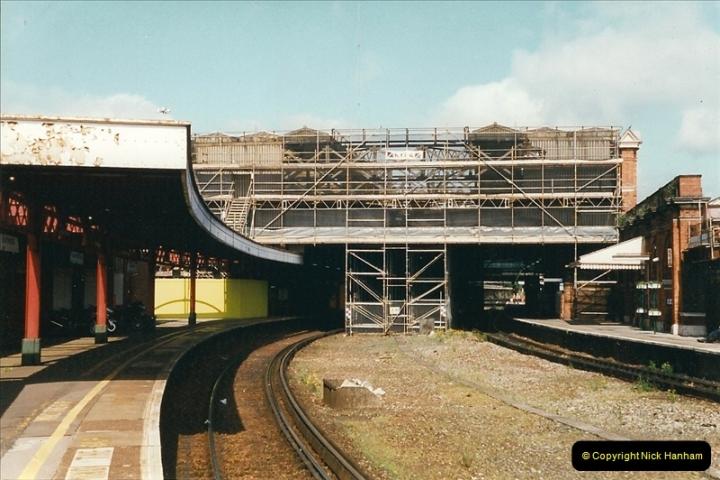 1999-05-29 Bournemouth refurbishment progress. Bournemouth, Dorset.  (4)210