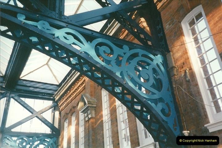 1999-09-17 Bournemouth refurbishment, Bournemouth, Dorset.  (5)241