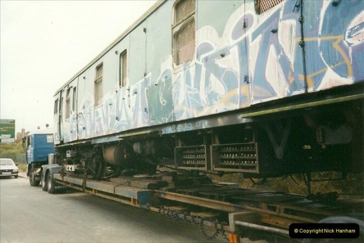 2000-03-16 Bournemouth Depot carriage movement.  (4)263