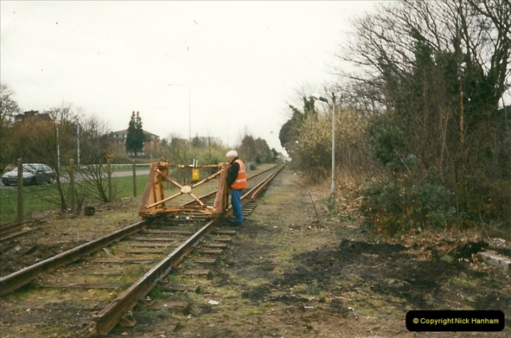 2000-03-16 Bournemouth Depot carriage movement.  (5)264