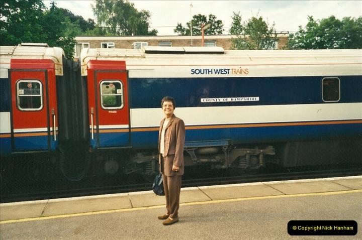 2000-06-06 Parkstone, Poole, Dorset.  (1)269