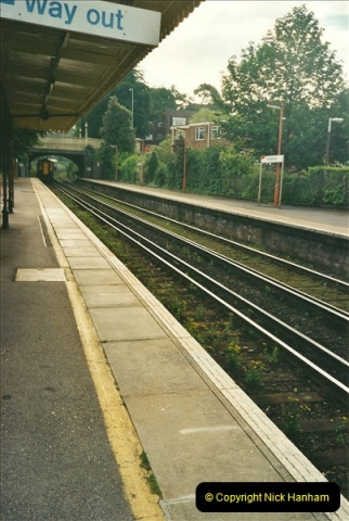 2000-06-06 Parkstone, Poole, Dorset.  (2)270
