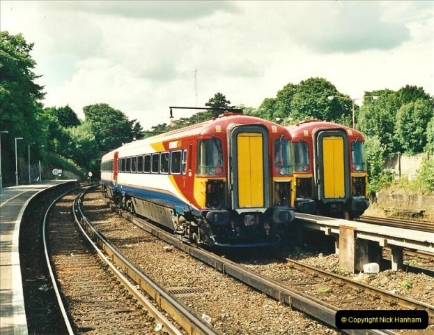2000-06-24 Bournemouth, Dorset.  (1)271
