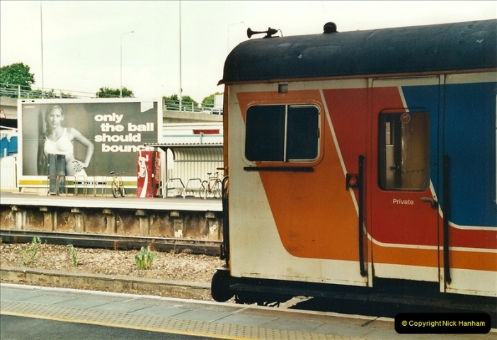 2000-06-24 Bournemouth, Dorset.  (2)272