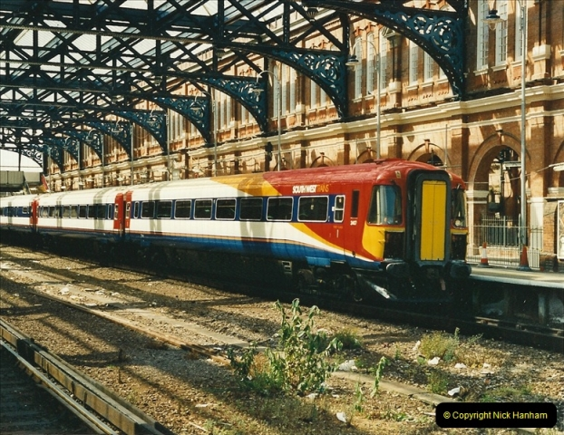 2000-06-24 Bournemouth, Dorset.  (5)275