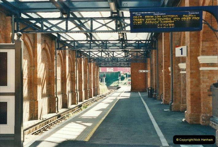 2000-08-11 Bournemouth, Dorset.  (10)295