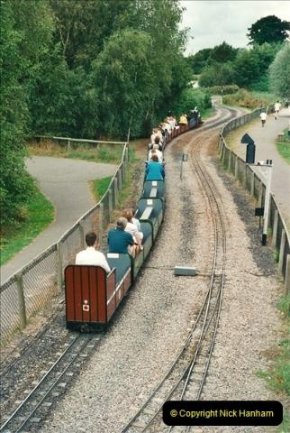 2000-08-22 Moors Valley Railway, Ringwood, Hampshire.  (16)326