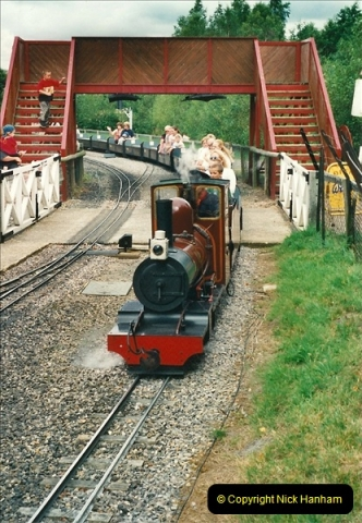 2000-08-22 Moors Valley Railway, Ringwood, Hampshire.  (17)327
