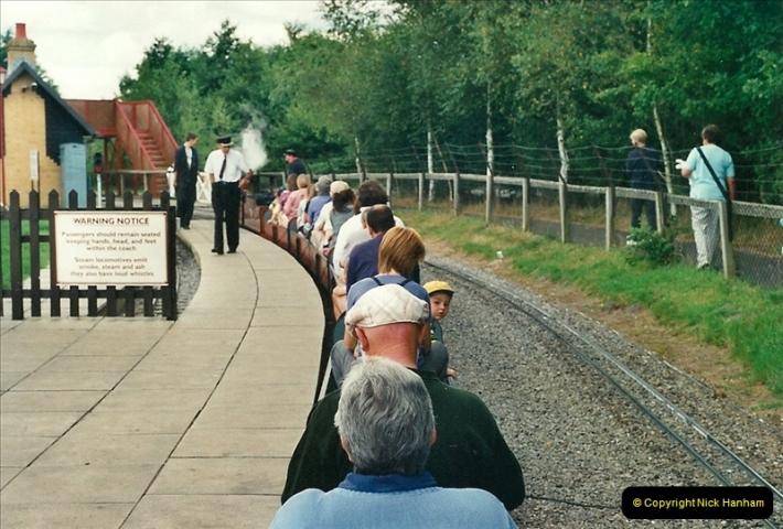 2000-08-22 Moors Valley Railway, Ringwood, Hampshire.  (5)315