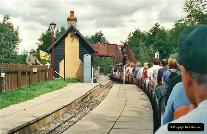 2000-08-22 Moors Valley Railway, Ringwood, Hampshire.  (6)316
