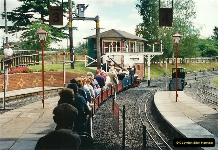 2000-08-22 Moors Valley Railway, Ringwood, Hampshire.  (7)317