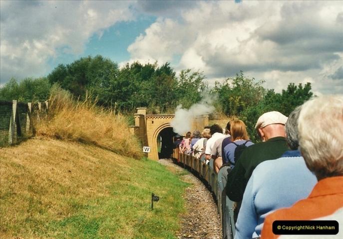 2000-08-22 Moors Valley Railway, Ringwood, Hampshire.  (8)318