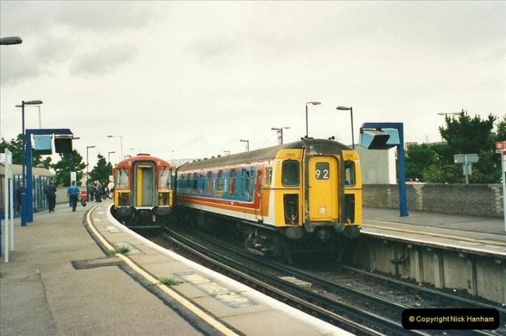 2000-09-06 Poole, Dorset.  (4)342