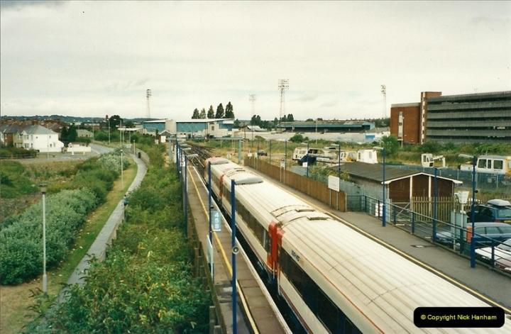 2000-09-06 Poole, Dorset.  (5)343