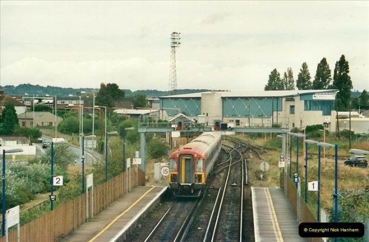 2000-09-06 Poole, Dorset.  (6)344