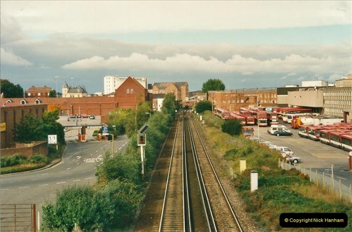 2000-10-15 Poole, Dorset.  (1)346