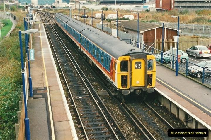 2000-11-07 Poole, Dorset.  (1)348