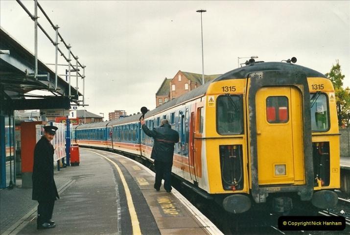 2001-01-25 Poole, Dorset.  (1)353