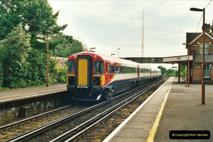 2001-06-04 Parkstone, Poole, Dorset.  (2)372