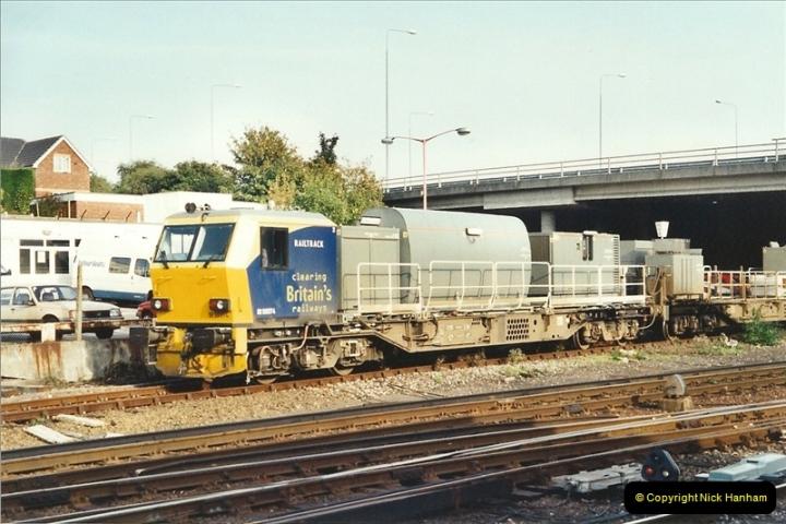 2001-10-13 Bournemouth, Dorset.  (2)391