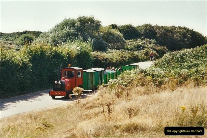 2001-10-13 Hengistbury Head, Bournemouth, Dorset.  (2)403