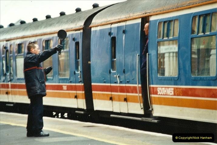 2001-12-18 Bournemouth, Dorset.  (15)419