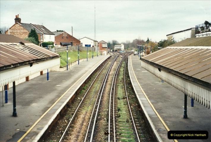 2001-12-18 Branksome, Poole, Dorset.  (5)430