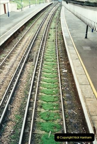 2001-12-18 Branksome, Poole, Dorset.  (6)431