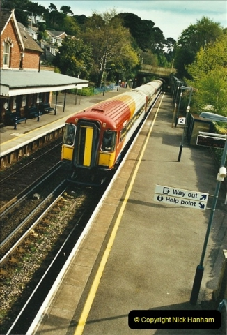 2002-04-22 Parkstone, Poole, Dorset.  (11)446
