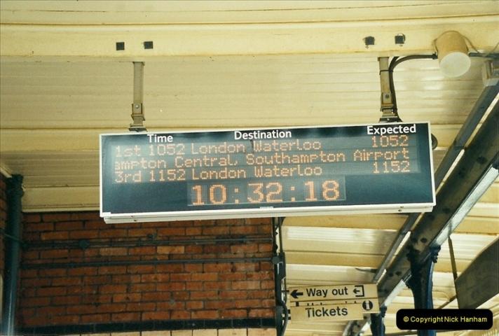 2002-04-22 Parkstone, Poole, Dorset.  (16)451