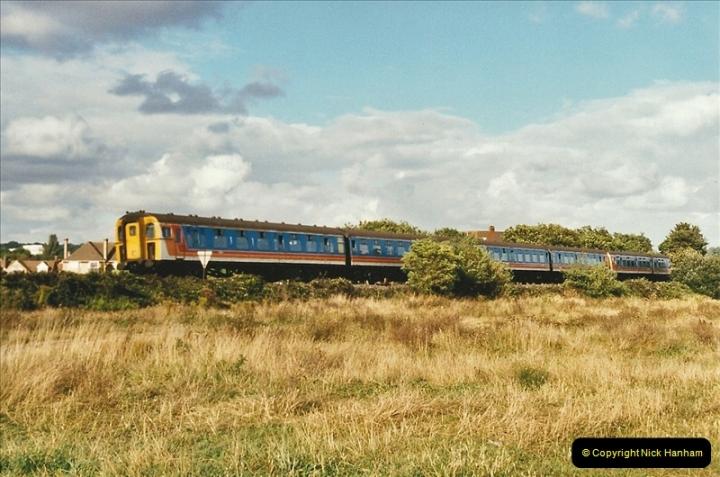 2002-09-07 Whitecliffe, Poole, Dorset.  (2)457