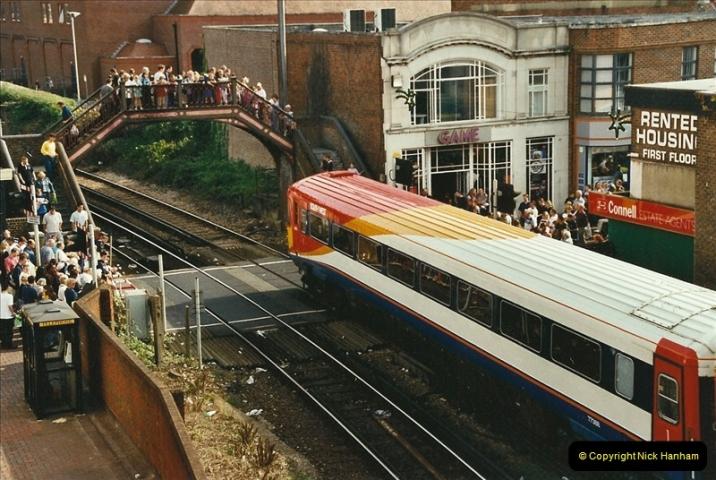 2002-09-21 Poole, Dorset.  (2)461